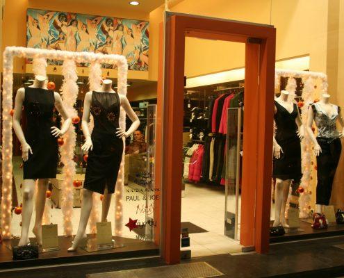 EWGE-CLOTHES-SHOP WINDOW-2005